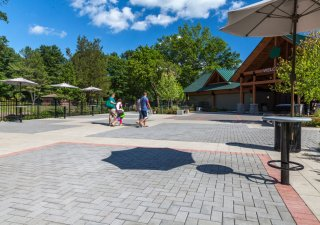 Franklin D. Roosevelt State Park, NY Product: Eco-Priora™, Europaver® Color: Charcoal, Buff, Salmon