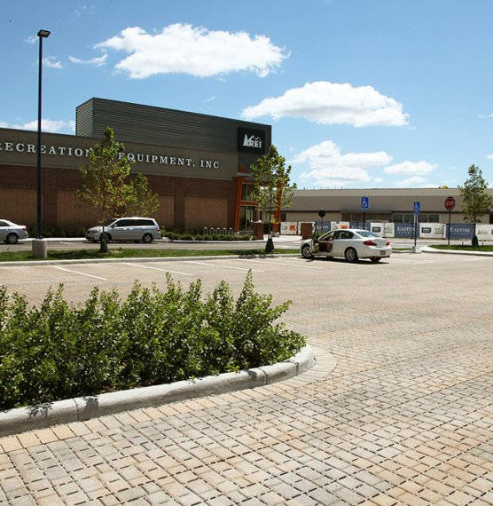 Easton Gateway parking lot, Columbus OH <br> Product: Eco-Optiloc™ Color: River Blend